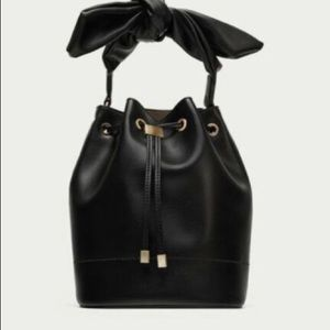 Zara nwt faux leather bucket bag with bow